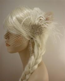 wedding photo - Bridal Fascinator, Feather Fascinator , Wedding Veil, Bridal Headpiece, Rhinestone Hair Clip, Ivory, Hollywood Bride
