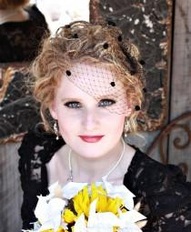 wedding photo - 9 inch Birdcage Veil with Chenille Dots- Black or Red