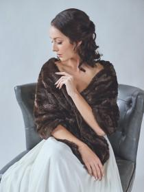 wedding photo - Bridal Fur Stole