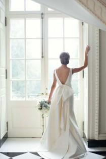 wedding photo - Elegant Swan House Wedding By Paperlily Photography