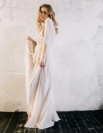 wedding photo - Long sleeve chiffon wedding dress with handmade floral print