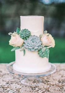 wedding photo - Two Tier Green And Pink Flower Wedding Cake