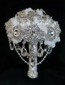 wedding photo - brooch bouquet, wedding bouquet, bridal bouquet, bridesmaids bouquets, white bouquet, rhinestone bouquet, jewelry bouquet, gifts bouquet