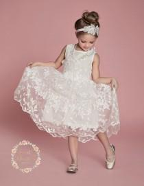 wedding photo - Girls dress, lace flower girl dress, girls lace dress, white lace dress, rustic flower girl dress, birthday dress,Easter dress, baby dress.