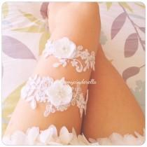 wedding photo - Off white wedding garter set Flower bridal garter flower garter set lace Bridal garter set Wedding garter set Keepsake Garter Toss Garter