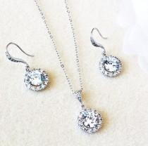 wedding photo - Wedding Jewelry Set Bridesmaid Jewelry Set Bridal Jewelry Set Bridesmaids Gifts Crystal Round Halo Earrings and Necklace Set Bridal Party