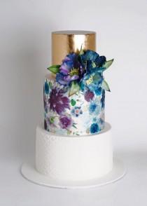 wedding photo - Three Layered Gorgeous Cake