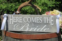 """wedding photo - Rustic Distressed """"Here comes the Bride"""" """"Just Married"""" Double Sided Ring Bearer Flower Girl Wedding Sign Photo Prop Painted Wood"""
