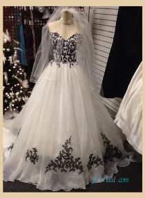 wedding photo - Strapless black and white organza a line wedding dress