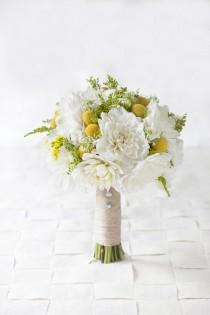 wedding photo - Featured Wedding Flower: The Dahlia