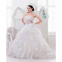 wedding photo - Honorable A-line Strapless Feathers/Fur Lace Sweep/Brush Train Tulle Wedding Dresses - Dressesular.com