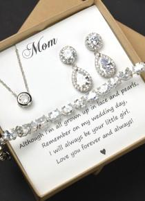 wedding photo - Personalized Bridesmaid Gift, Bridesmaid Earrings Necklace Set,Mother of Bride , Crystal Wedding Jewelry Set, Bridal Studs Bracelet,