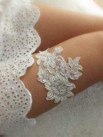 wedding photo - Wedding Garter ivory lace garter Bridal Garter - Keepsake Garter- Toss Garter- Lace Garter- Garter- Wedding Garter- Bridal Garter-