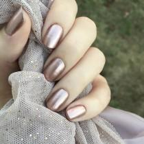 wedding photo - Metallic Nails