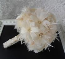 wedding photo - Feather Bridal Bouquet, Wedding Bouquet, Gold Bouquet, Brooch Bouquet, Gatsby Bouquet, Alternative Bouquet,Vintage Style Bouquet,MANY COLORS