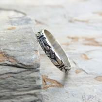 wedding photo - Sterling Silver Chevron Leaf and Posy Detail Wedding Band or Stacking Ring - Delicate Floral Pattern Silver Band, Antiqued / Oxidized Silver