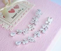 wedding photo - Wedding Earrings Swarovski Earrings Zirconia Chandelier Earrings Bridesmaid Gift Crystal Wedding Earrings Bridal Earrings Swarovski Jewelry