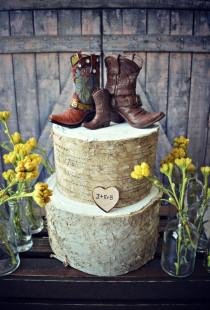 wedding photo - Western-family-custom-wedding-cake topper-hunter-personalized-bride-groom-cowboy-cowgirl-boot-hat-rustic-boots-country-weddings-baby-hunter