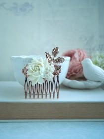 wedding photo - Rose Gold Finish Cream Rose Comb, Rose Gold Ivory Off White Rose Flower Comb, Rose Leaf Comb Bridal Hair Vintage Rustic Rose Gold Wedding