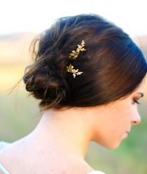 wedding photo - Fall Wedding Hair Accessory Oak Leaf & Acorns Hair Pin Autumn Hair Clip Oak Leaves Hair Barrette Woodland Hair Fall Bride Fall Wedding