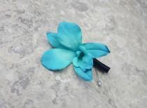 wedding photo - Teal Singapore Galaxy Dendrobium Orchid Boutonnieres & BOX