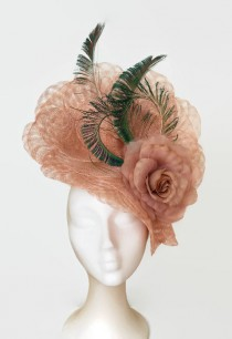 wedding photo - Green and nude fascinator, kentucky derby hat, peacock feather fascinator,Nude flower wedding hats,Peacock feather hat, races hats for women