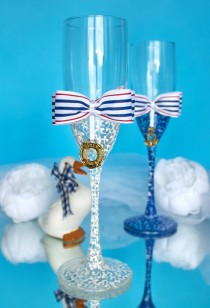 wedding photo - Nautical wedding glasses, Anchor favor champagne flutes, Bride and groom toasting glasses, Beach wedding glasses, Nautical decor Sea wedding