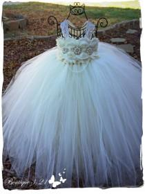 wedding photo - Shabby flower girl, Ivory Flower Girl Dress, Ivory tutu dress, Lace Dress, Wedding tutu dress, Ivory and pearls flower girl tutu dress,