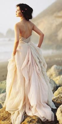 wedding photo - 24 Peach & Blush Wedding Dresses You Must See