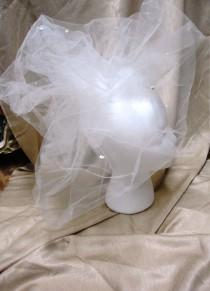 wedding photo - Bridal, Veil, White, Netting, Sequins, Short,  Bow, New