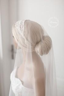 "wedding photo - Juliet headband veil, short hair lace Veil, Juliet Cap Veil, 1920s Veil, Vintage Veil, Ivory Veil, SILK Veil, Cathedral Veil ""Kate"""
