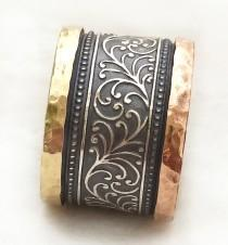 wedding photo - Women's semiwide ring, leaf and vine pattern, oxidized sterling silver, red and yellow gold edges, art nouveau design, Ilan Amir