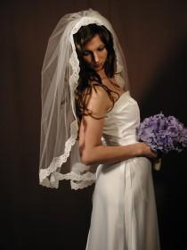 "wedding photo - Manitlla veil veil - Past elbow length 34"" with Alencon lace."