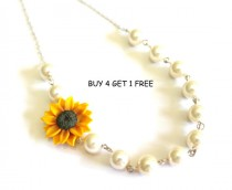 wedding photo - Bridesmaid Jewelry, Sunflower Flower Girl Necklace, Wedding White pearl, Yellow Sunflower, Bridesmaid Jewelry, Bridesmaid Necklace