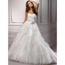 wedding photo - Trägerlos Marone geraffte Mieder Brautkleid mit geschichteten Hankie-Schnitt Tüll Rock - Festliche Kleider
