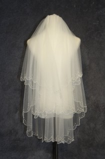 wedding photo - 2T bridal veil, new hand-string pearl veil,