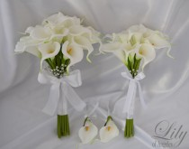 "wedding photo - Bride/MoH Bouquets Groom/Best man Boutonnieres Wedding Bridal Bouquet Real Touch Calla Lily White - More Colors""Lily of Angeles"" CAIV03"