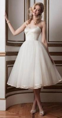 wedding photo - Strapless Sweetheart Tea Length Tulle Wedding Dress