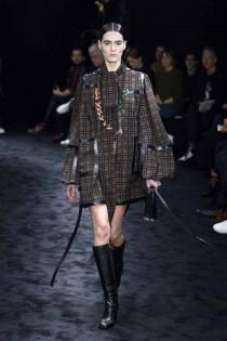 wedding photo - Loewe otoño-invierno 2017/2018 Paris Fashion Week