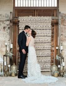 wedding photo - Glamorous Texas Wedding With Dazzling Moroccan Details - Weddingomania