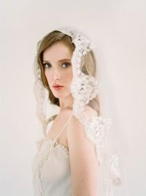 wedding photo - Lace Mantilla Veil, Gold Lace Veil, Eyelash Lace Veil, Ivory Mantilla Veil, Bridal Veil, Cathedral Veil, Chapel Veil, Ivory veil