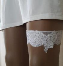 wedding photo - garter, toss garters, white,   lace,    wedding garters,    bridal accessores,   garter suspander,    free shipping!