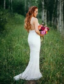 wedding photo - Glam Meets Boho Aspen Wedding With Handmade Touches - Weddingomania