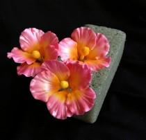 wedding photo - Gum Paste Hawaiian Hibiscus Cake Decorations Pink Gumpaste