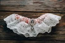 wedding photo - Royal Chic Wedding Garter Ivory Wedding Garter Ivory Lace Garter Luxurious Brooch Garter Crystal Garter Rhinestone Garter Velvet Pink Garter