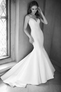 wedding photo - 32 Of The Best Fishtail Wedding Dresses
