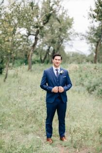 wedding photo - Romantic Lake House Wedding With Rustic Details - Weddingomania