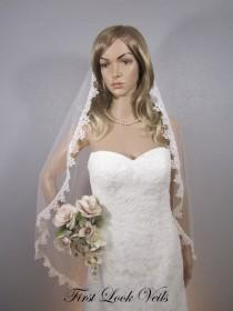 wedding photo - Ivory Wedding Veil Fingertip Length with Lace & Bling