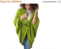 wedding photo - 50% CLEARENCE May Green Plus Size Oversize Overcoat Poncho Pelerine Cardigan
