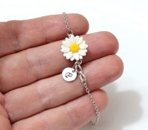 wedding photo - Daisies Infinity Personalized Initial Disc Bracelet, Daisies Bridesmaid Jewelry, Daisies Jewelry, Bridal Flowers, Bridesmaid Bracelet